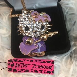 🆕 Betsey Johnson Hello Kitty Pendant Necklace